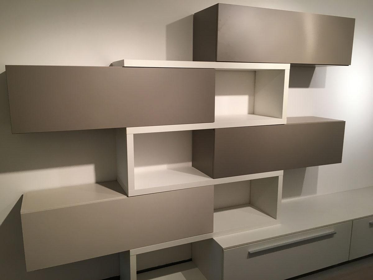 Parete Attrezzata Tortora E Bianco parete attrezzata bianco/tortora - arredamenti iacobellis